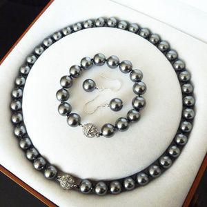 Jewelry - 10mm South Sea Black Shell Pearl Necklace Set